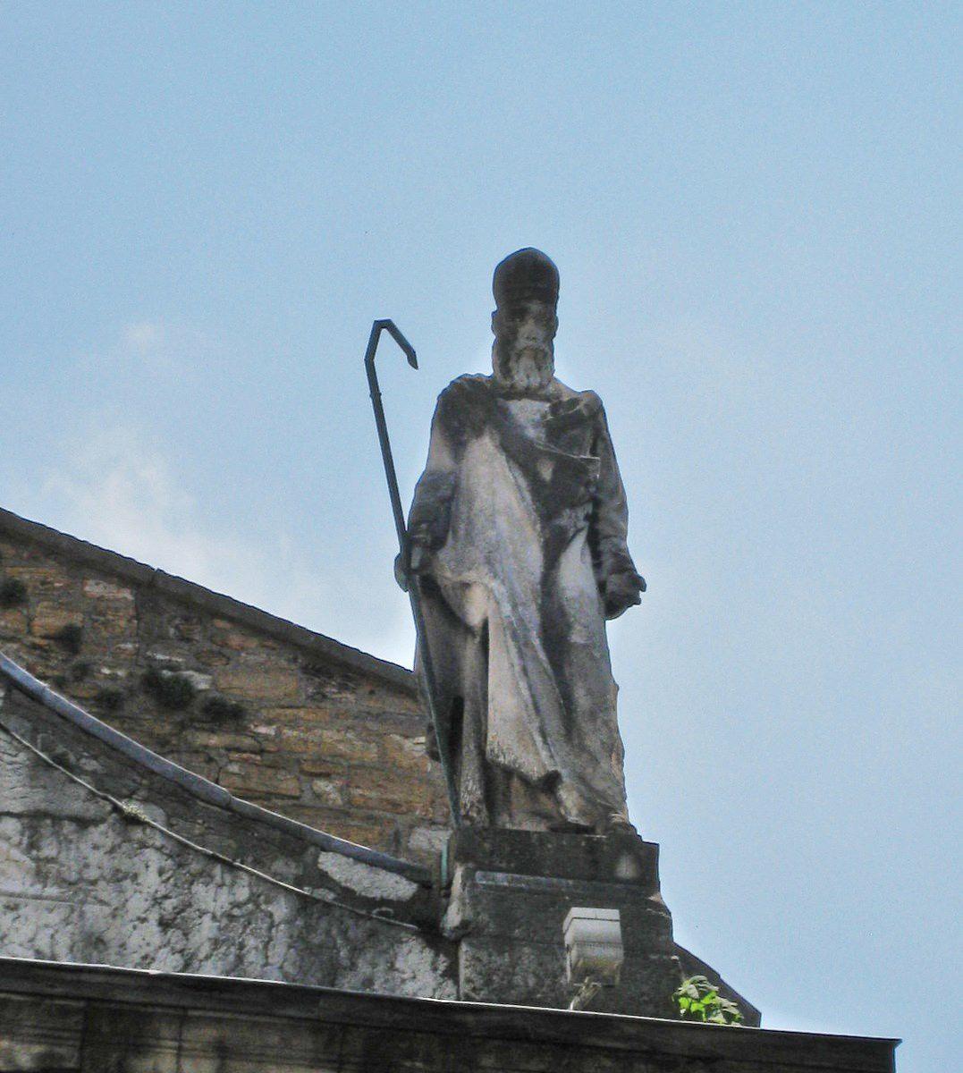 Statue de Saint-Just