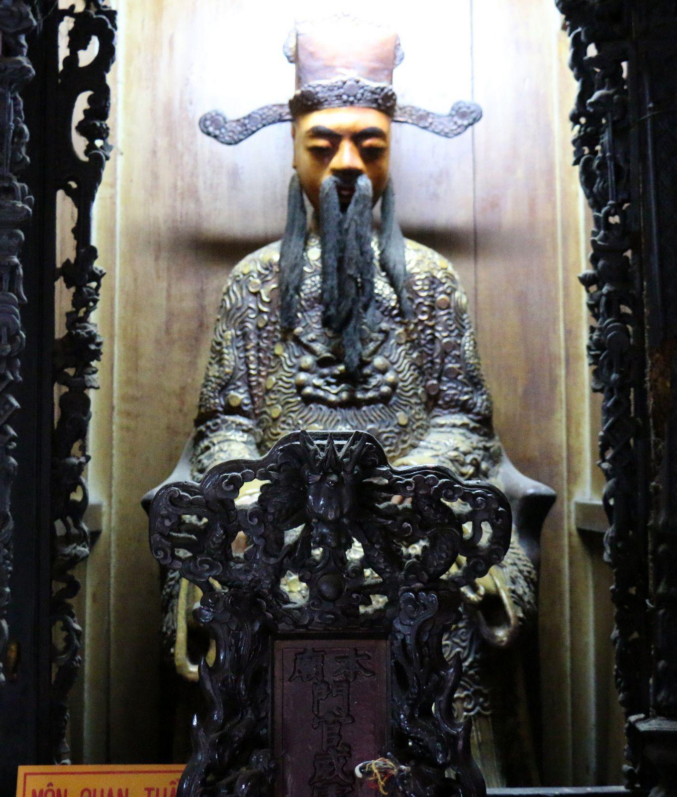 Pagode de l'empereur Jade (l'intérieur), Ho-Chi-Minh-Ville