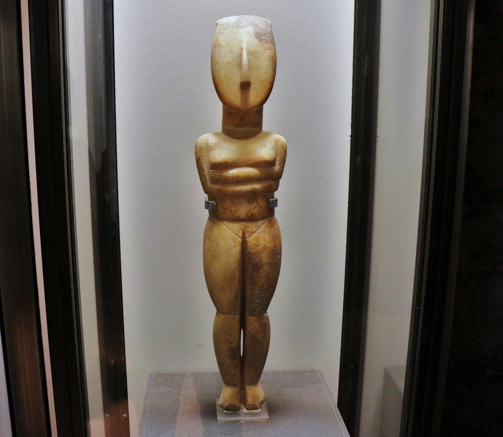Musée Eros du Colisée de Rome, statuettes féminines