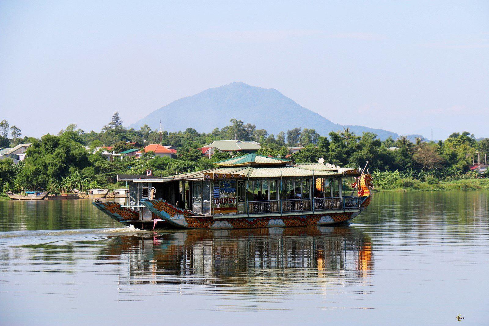 Les bateaux de la Rivière des Parfums