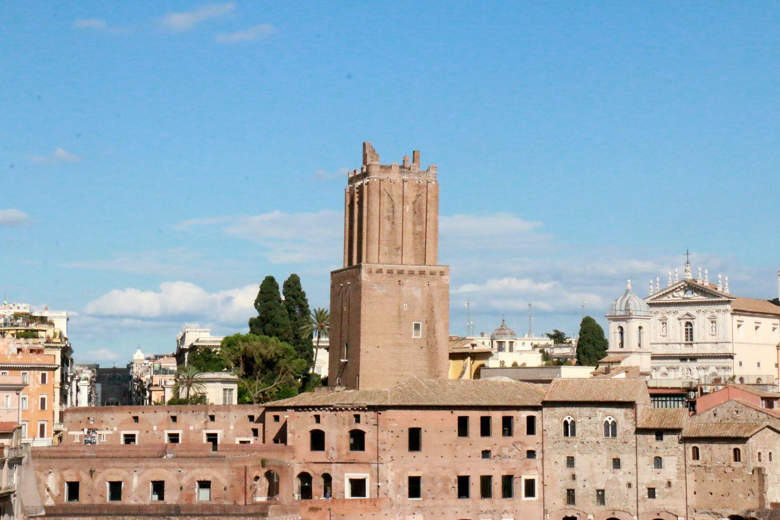 Eglise Santa Nome di Maria et la colonne Trajane, Rome