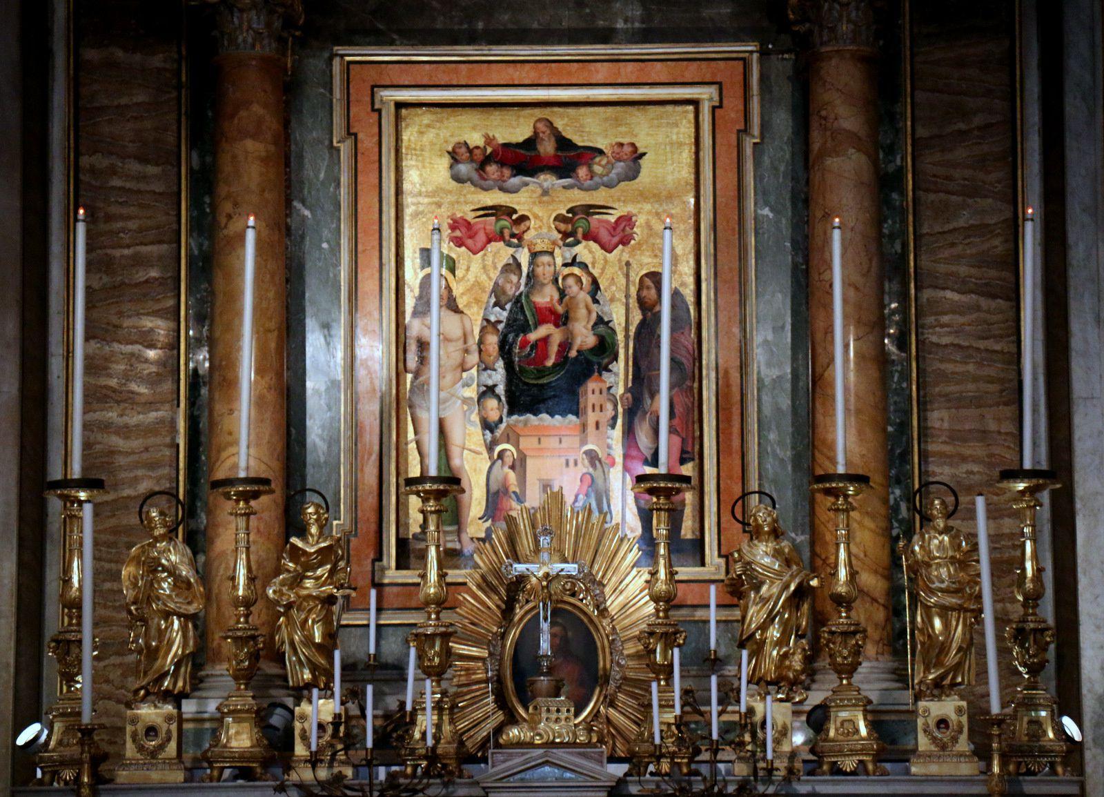 Eglise Madonna di Loreto (1/2), Rome