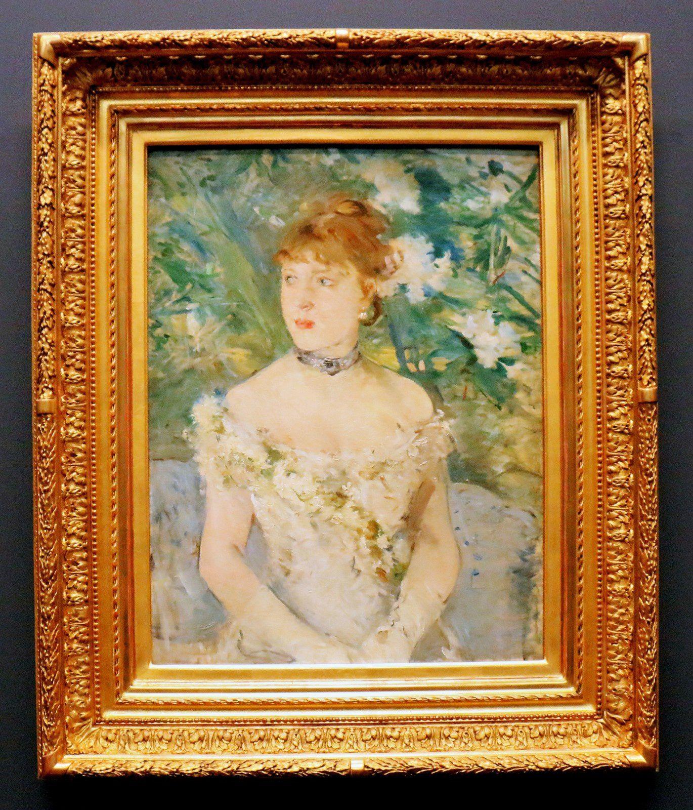 Jeune femme en tenue de bal, huile sur toile de Berthe Morisot