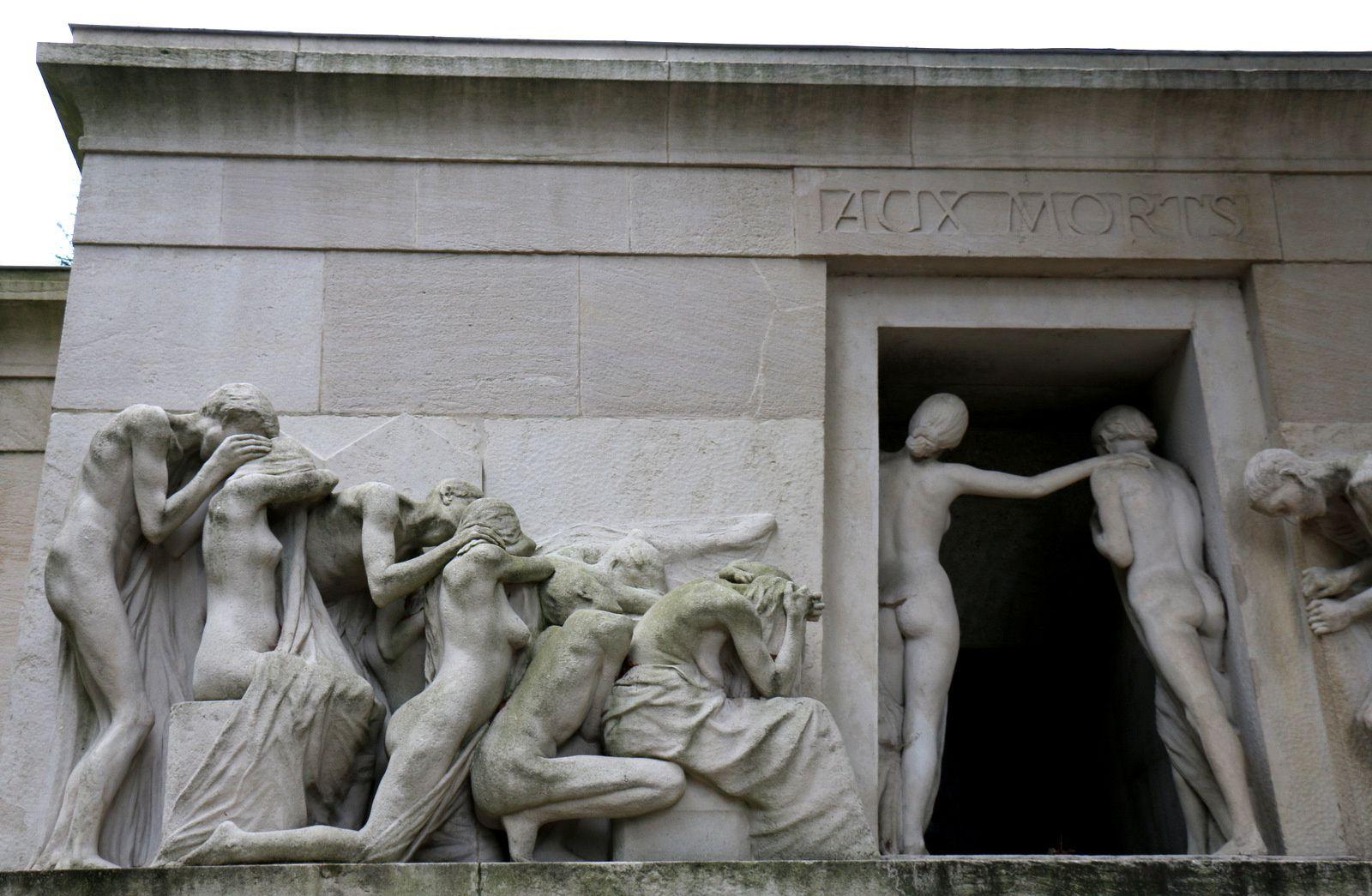 """Monument """"Aux Morts"""", Cimetière du Père Lachaise"""