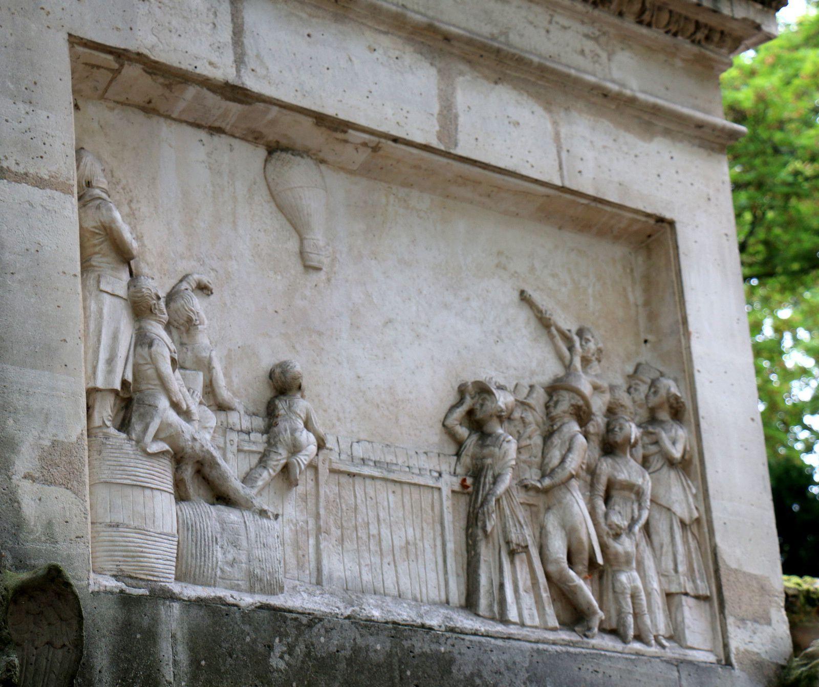 Sépulture d'Etienne-Gaspard Robertson, cimetière du Père Lachaise