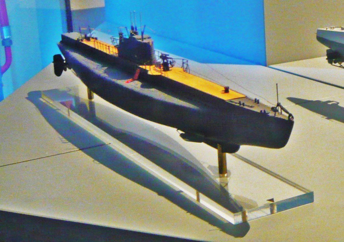 """Le """"Rubis"""", sous-marin mouilleur de mines (1931 - 1949)"""