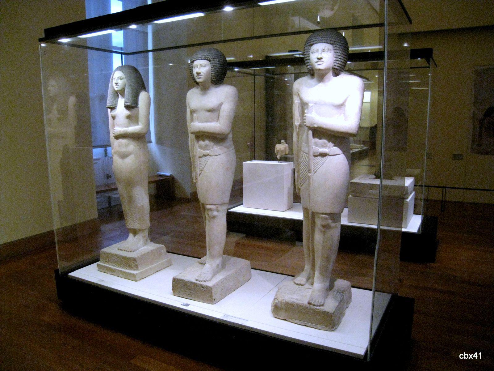 Dame Nésa et statue de Sépa, Louvre