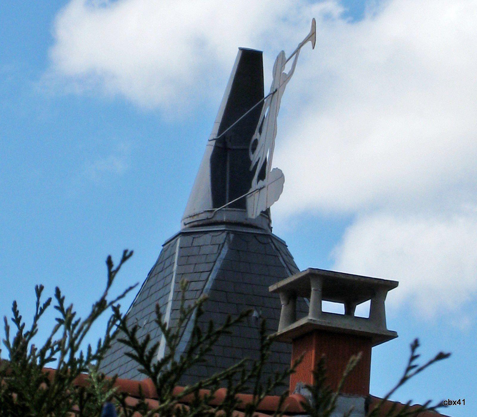 Musée de la Bière de Stenay, la girouette de la Renommée