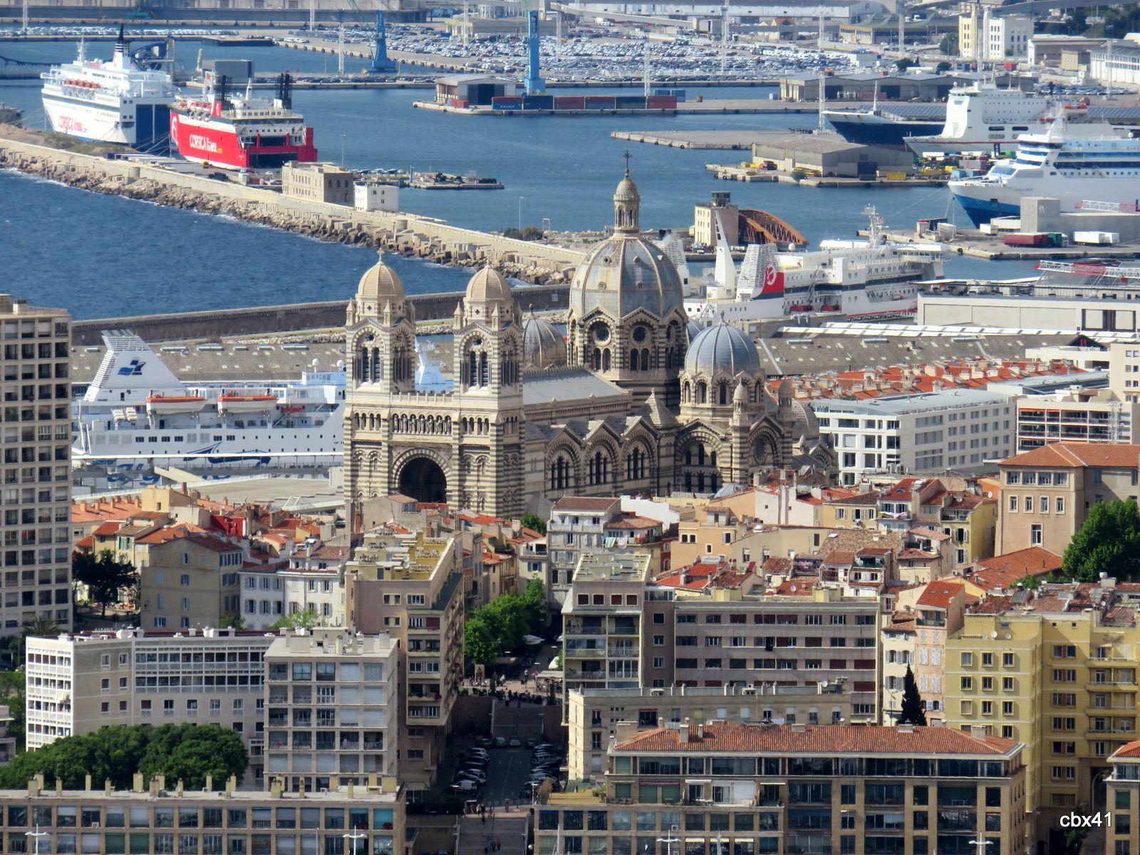 Vues de Marseille depuis Notre-Dame de la Garde