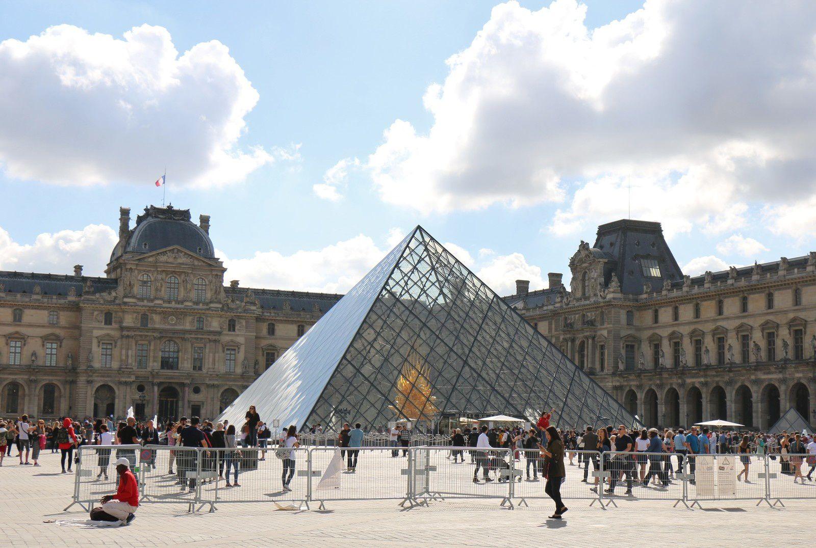 Louis XIV à cheval, Louvre