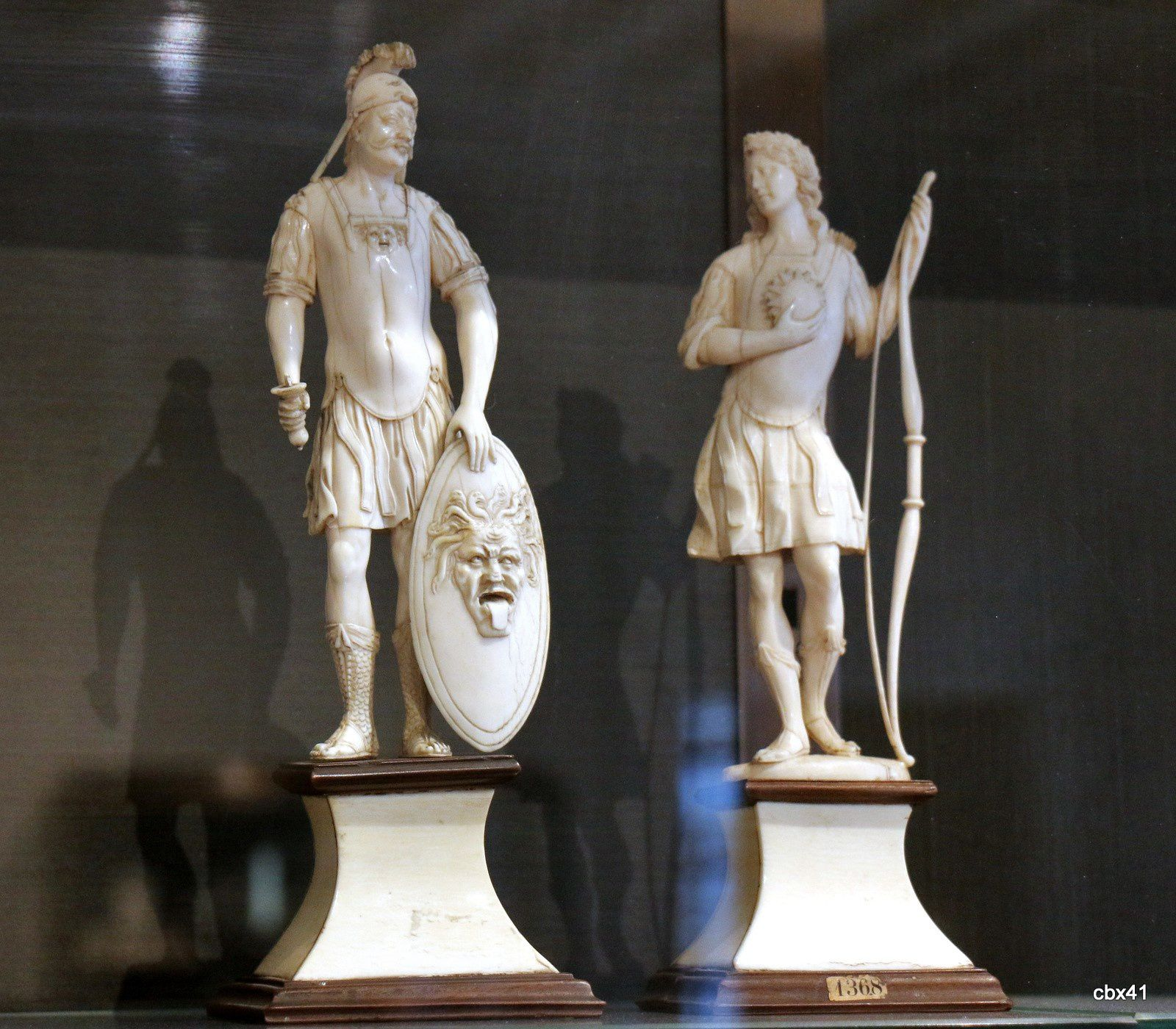 Statuettes en ivoire, château-musée de Dieppe