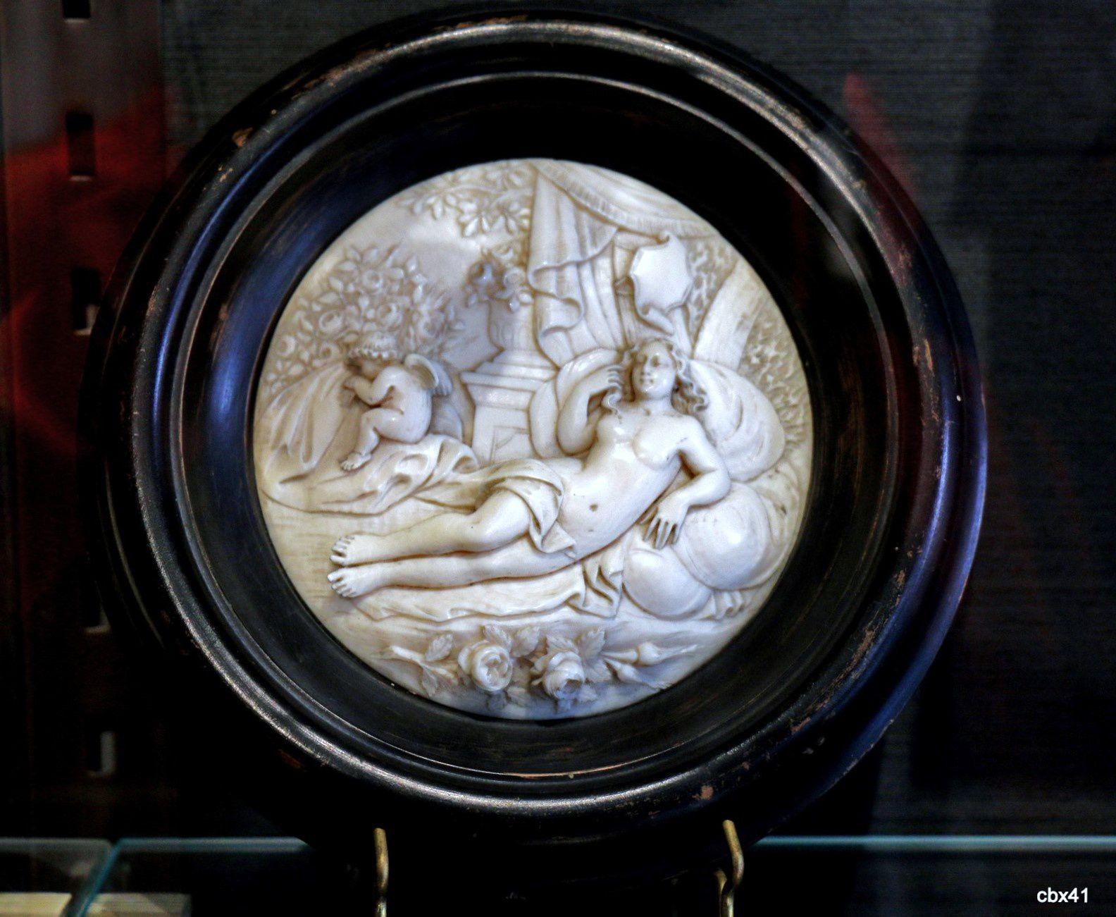 Œuvres en ivoire, château-musée de Dieppe