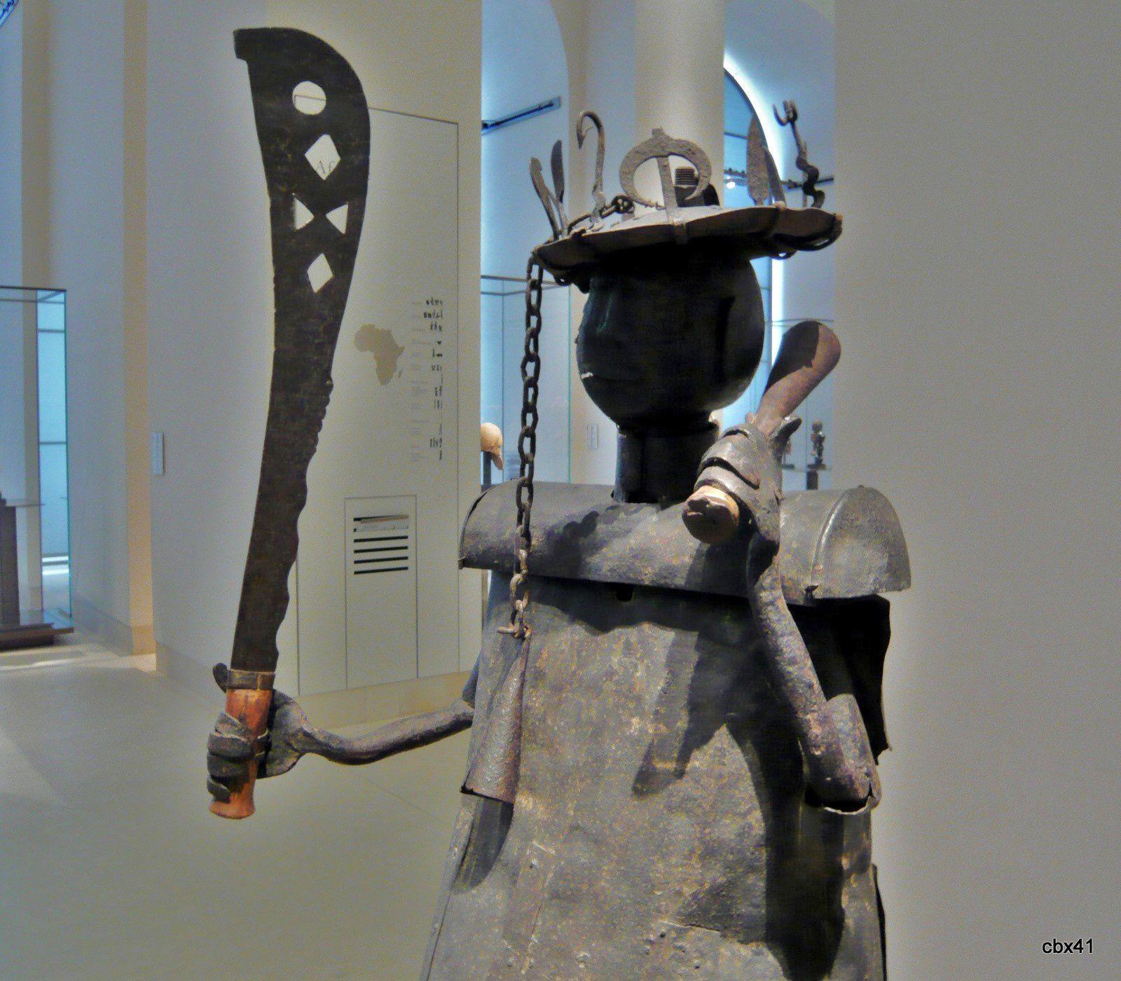 Sculpture dédiée à Gou, République du Bénin