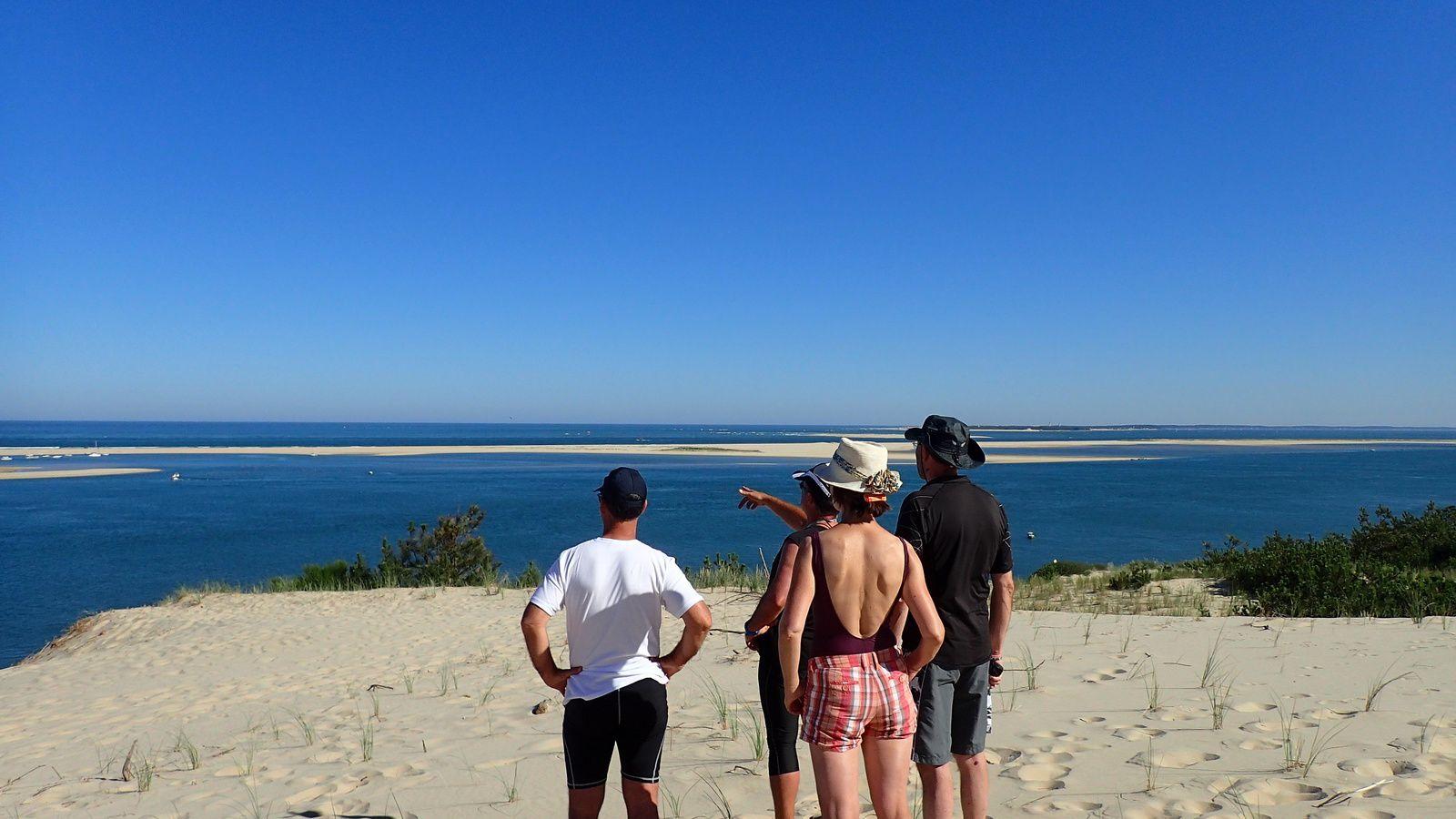 PETIT DEJEUNER SUR LA DUNE, un autre point de vue de l'ouvert du bassin