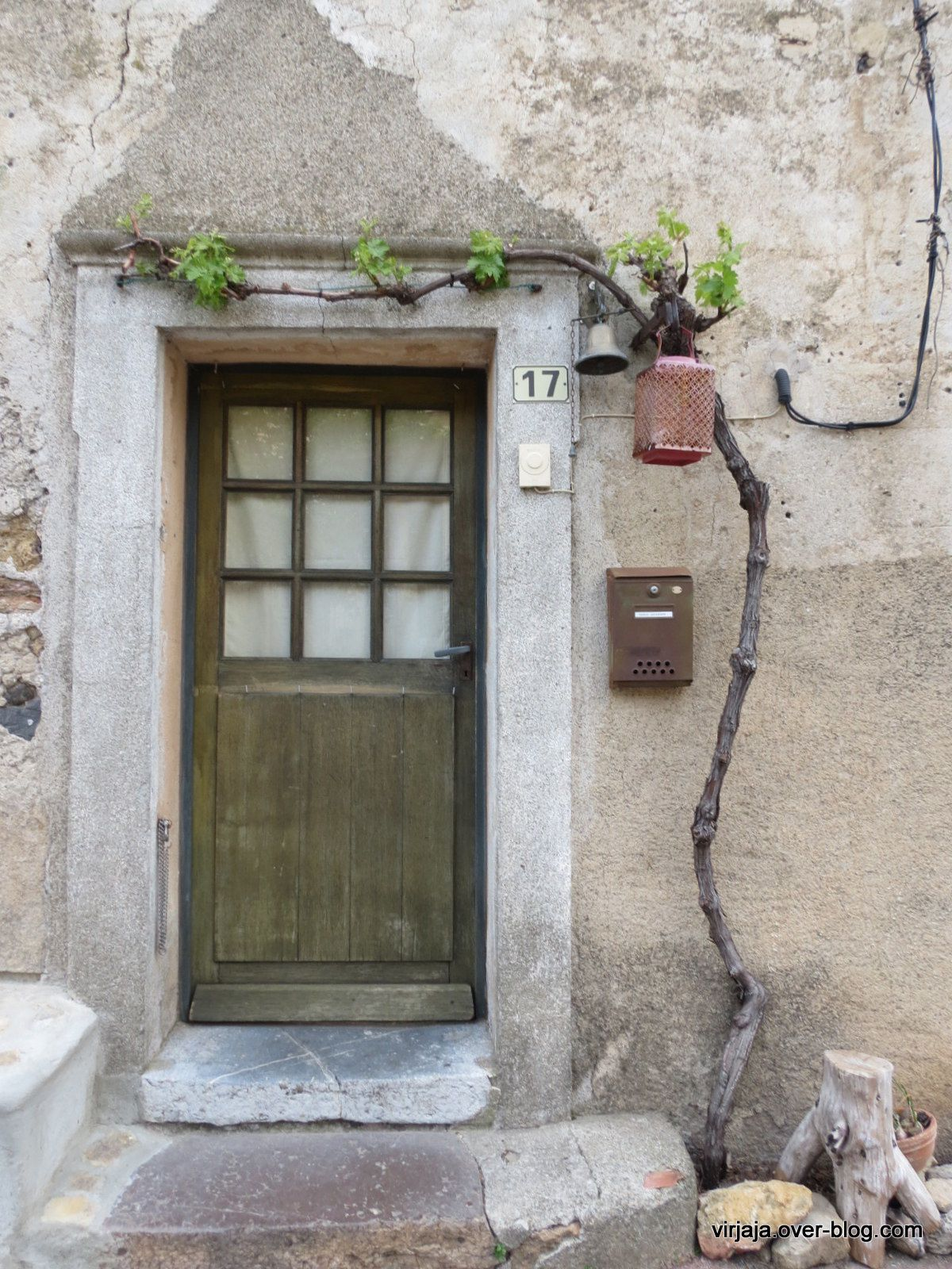 des portes dans l'Aude