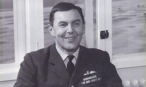 Peter Thorne became a leading test pilot after the second world war and assisted in the training of fighter squadrons