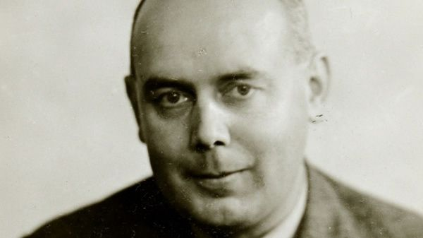 Eric Roberts, the lone MI5 agent who penetrated the ranks of Britain's wartime Nazi sympathisers