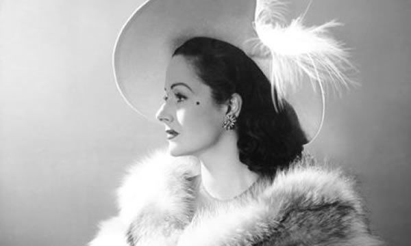http://img.over-blog-kiwi.com/0/99/13/66/20150301/ob_c02161_margaret-lockwood.jpg