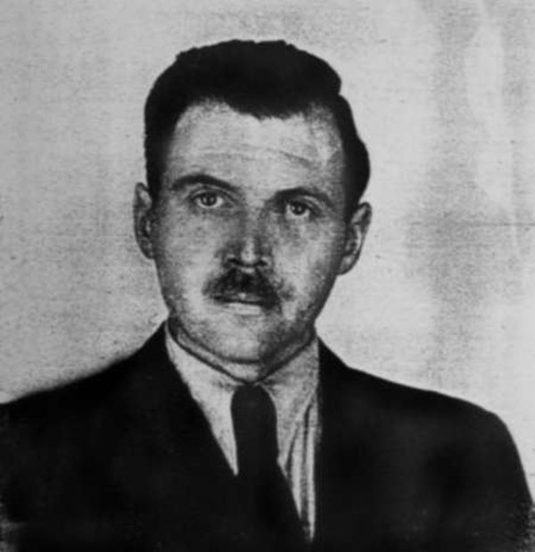"""""""Josef Mengele (1911-1979), German SS officer. Photo taken by a police photographer in 1956 in Buenos Aires for Mengele's Argentine identification document"""""""