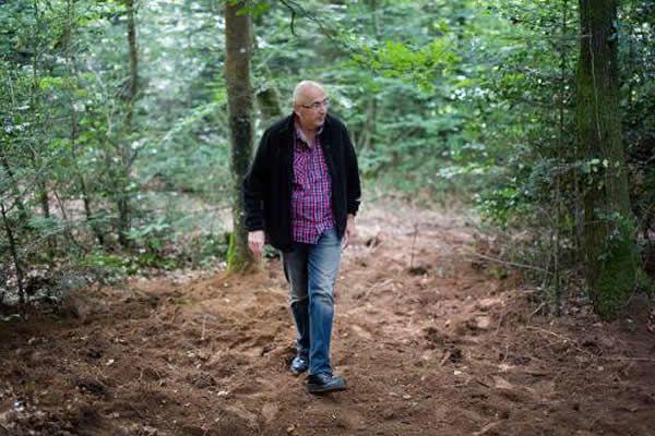 François Lesourd, petit-fils de Suzanne Lesourd, exécutée à la Libération, le 15 juin 2015 dans une forêt entre Iffendic et Monterfil, en Ille-et-Vilaine