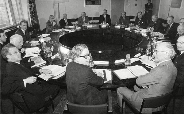 The National Economic Development Council meets at Millbank Tower, under the chairmanship of Howe in 1981