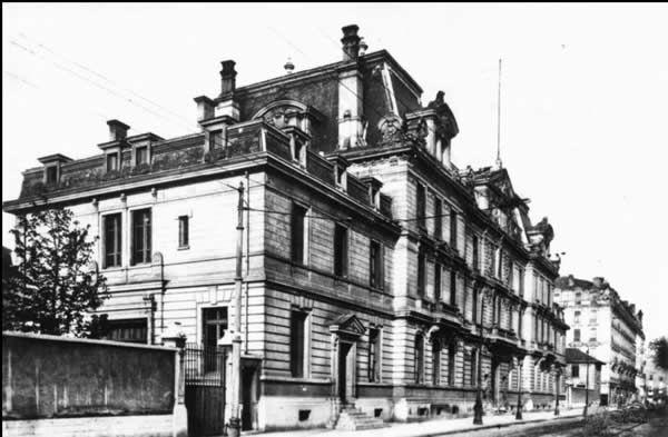 L'école du service de santé militaire de Lyon siège du SD