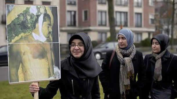 Manifestation de l'opposition islamique à Bruxelles contre la visite du Président Islom Karimov en 2011
