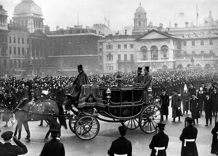 The funeral procession of the late King George VI in 1952. Photograph: Popperfoto
