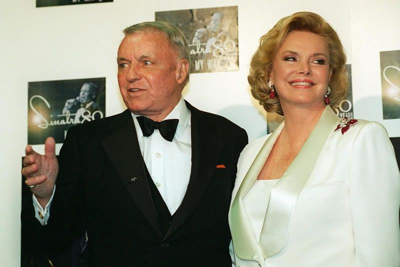 Frank and Barbara Sinatra in 1995. (Kevork Djansezian/AP)