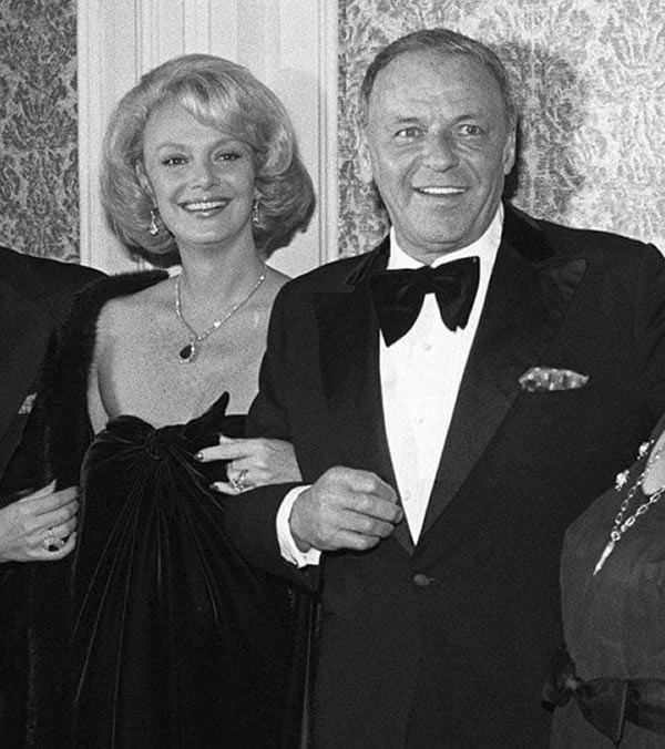 Barbara and Frank Sinatra in 1976. (AP)