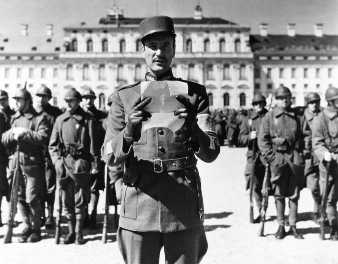 """Mr. Anderson as a French major in """"Paths of Glory,"""" Stanley Kubrick's 1957 antiwar film about World War I. Credit Bryna Productions, via Everett Collection"""