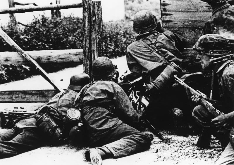 German soldiers in combat in the streets of the Ukrainian capital, Kiev, during the German invasion of the Soviet Union.(AP Photo)