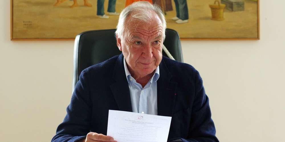 Peyuco Duhart était maire de Saint-Jean-de-Luz depuis 2002 Archives A. D.