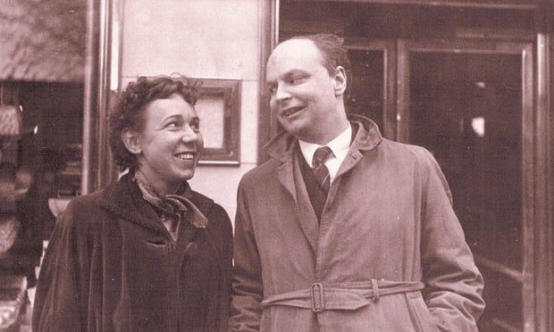 Mary Lee and Conway Berners-Lee in 1954. Photograph: used with permission from the British Library