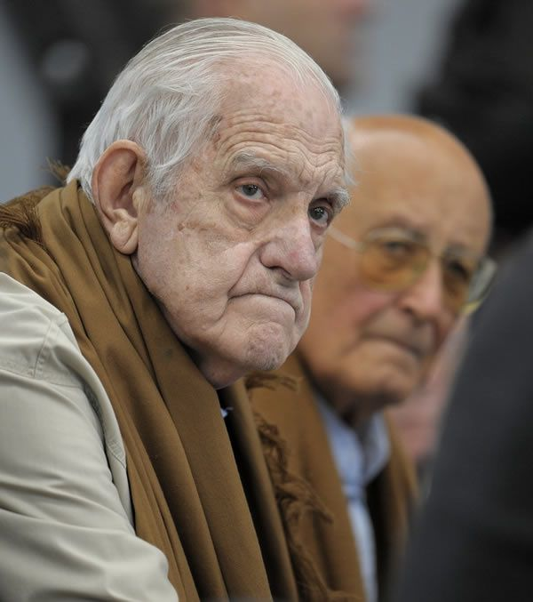Gen. Bignone in 2009, at the courtroom where he is accused of human rights crimes. (Juan Mabromata/AFP via Getty Images)