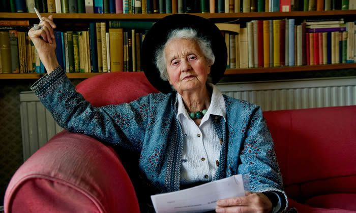 Mary Midgley in 2010. She campaigned for animal welfare and environmental awareness, and against the arms trade. Photograph: Sarah Lee for the Guardian