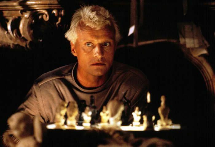 """Rutger Hauer dans """"Blade Runner"""" de Ridley Scott en 1982. Photo Rue des Archives. BCA"""