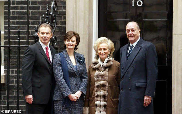 Tony Blair, Cherie Blair, Bernadette Chirac and Jacques Chirac in Downing Street in 2004
