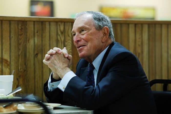 Christopher Aluka Berry / Reuters Le milliardaire Mike Bloomberg, ancien maire de New York, se lance dans la course à l'investiture démocrate pour la présidentielle de 2020.