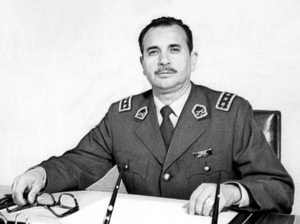 Mendoza César