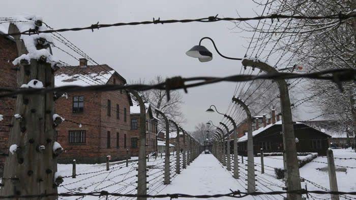 Une vue du camp d'extermination nazi d'Auschwitz (sud de la Pologne). REUTERS/Laszlo Balogh