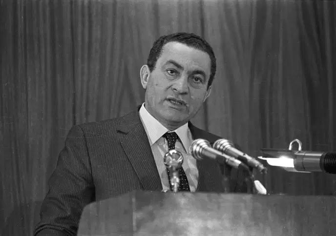 L'ancien président égyptien Hosni Moubarak, en 1985 au Caire. STRINGER / REUTERS