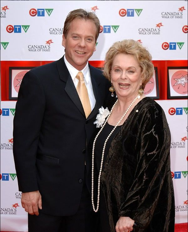 Died actress from the movie Lolita Shirley Douglas