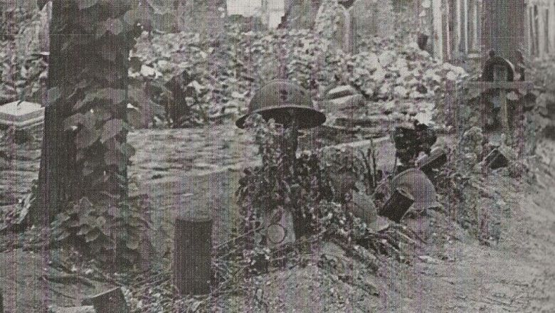 La tombe d'un soldat français sur le Boulevard de Belfort. / Collection personnelle Jean-Paul Delance