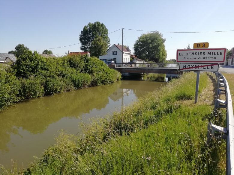 Pont et Hameau du Benkies Mille à Warhem. / DAMIEN ANDRE / FRANCE 3