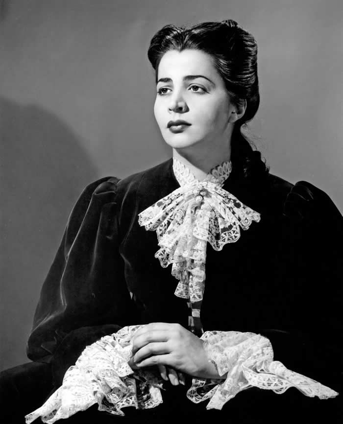 "Ms. Elias in her breakout role in 1958 as Erika in Samuel Barber's ""Vanessa."" ""She sings with vocal richness and musical understanding and acts with honesty,"" The Times critic wrote.Credit...Metropolitan Opera Archives"