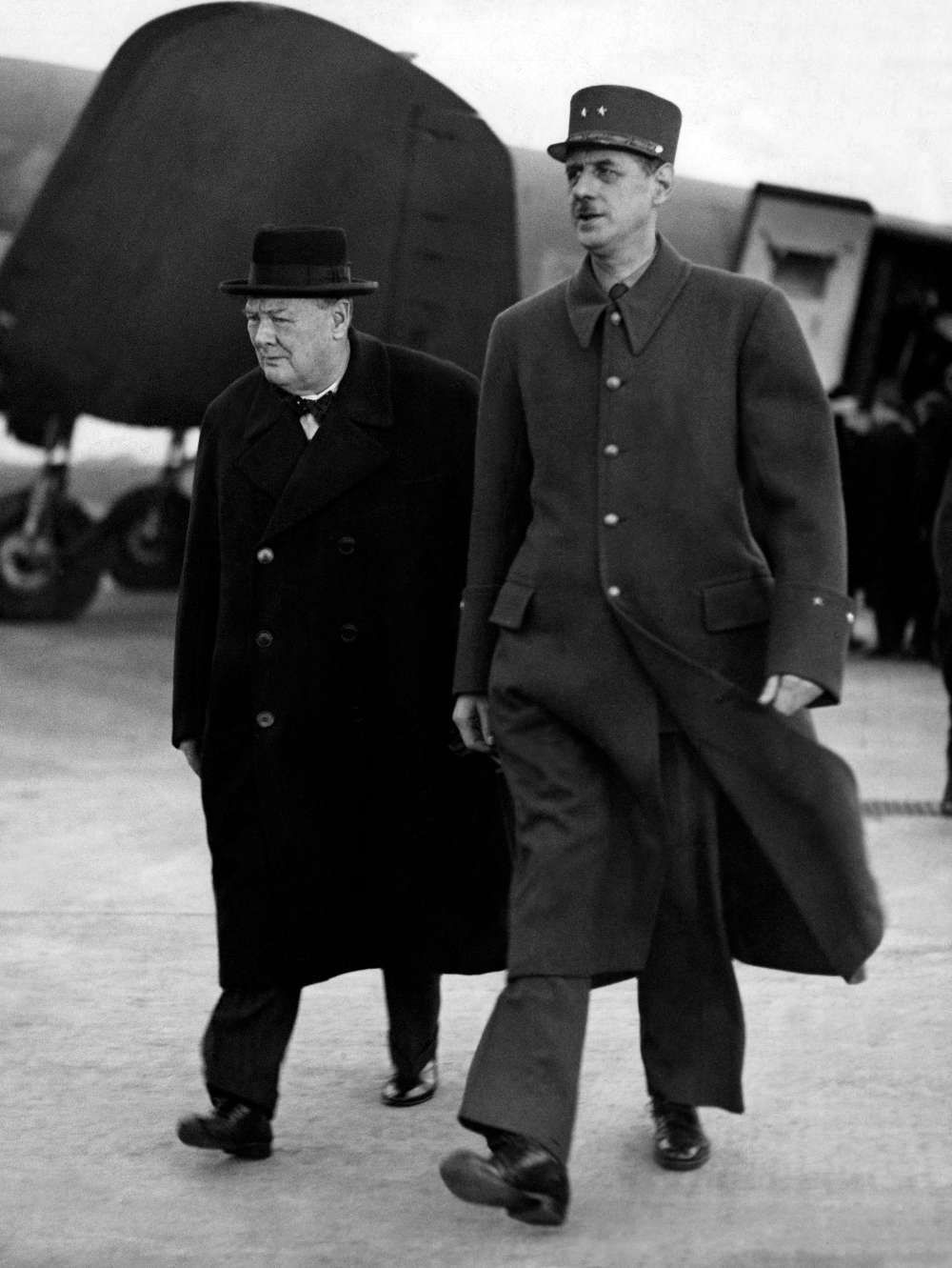 Winston Churchill et Charles de Gaulle, le 10 novembre 1944, à Paris.  Crédit photo : AFP