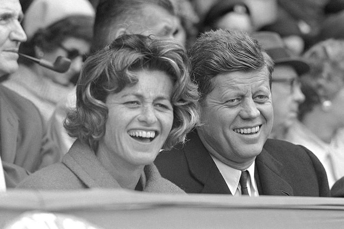 Ms. Smith and President John F. Kennedy were in the stands in 1961 for the Washington Senators' opening day game at their home field, Griffith Stadium. She shared family triumphs and tragedies, though always in the shadow of her siblings.Credit...Associated Press