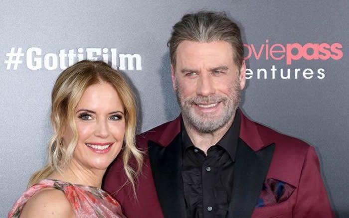 """Jim Spellman via Getty Images Kelly Preston et John Travolta à la Première du film """"Gotti"""" à New York en juin 2018."""