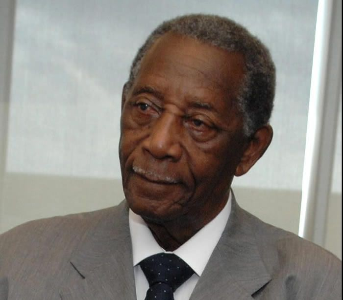 Civil rights leader and political figure Charles Evers passes away at 97